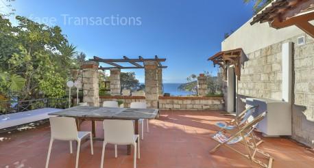 Villefranche sur mer magnifique 4 pieces de 85m avec terrasse vue sur la rade lafage for Prestige immobilier location