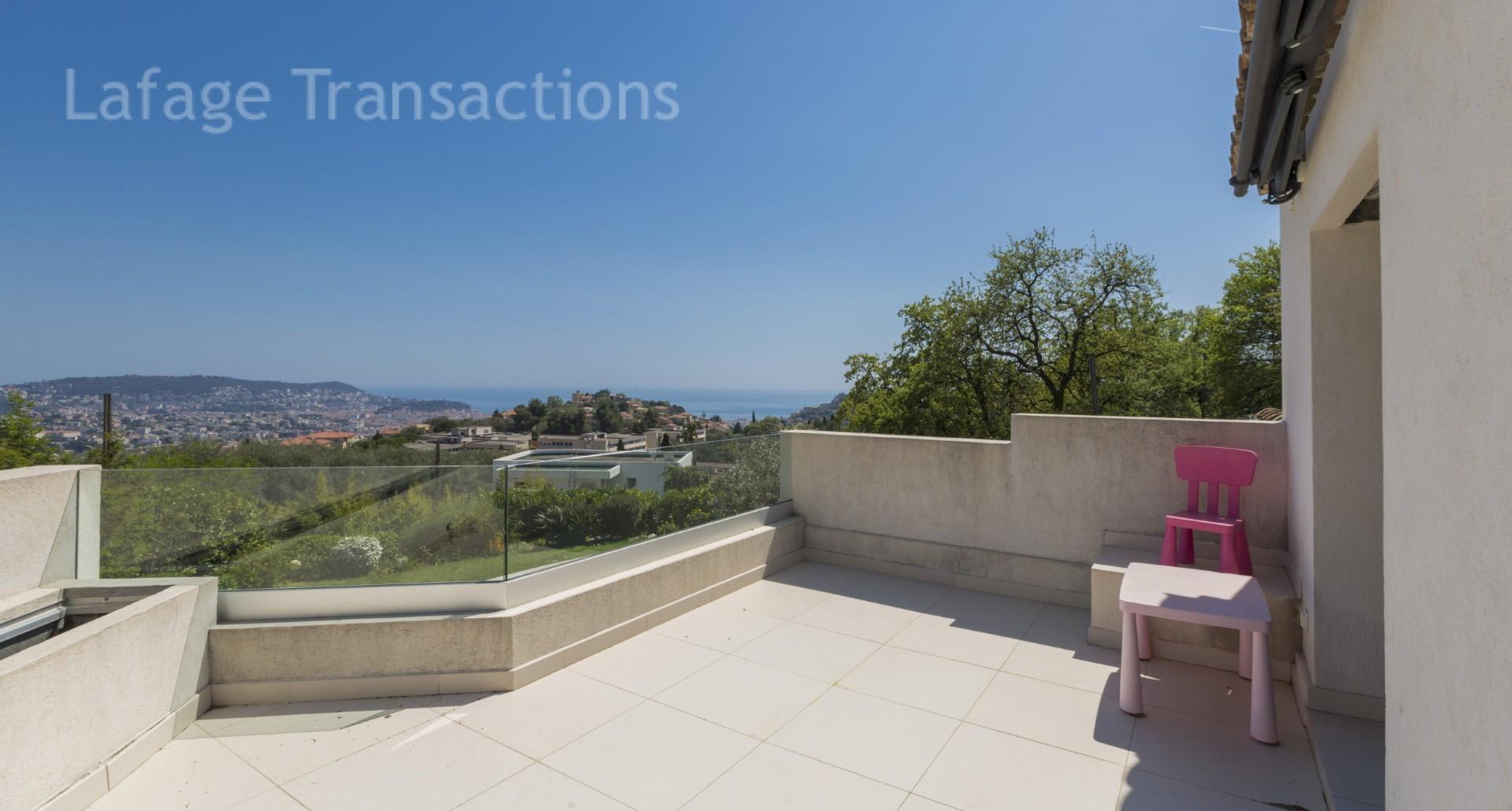 Nice pessicart villa a vendre de 240m2 terrain de 2800m2 tres jolie vue piscine lafage - Piscine pente terrain nice ...