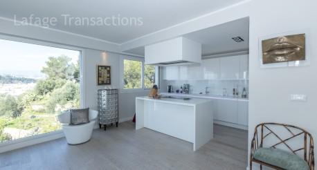 Nice mont boron magnifique 4 pieces meuble de 140 m avec vue mer lafage transactions for Prestige immobilier location